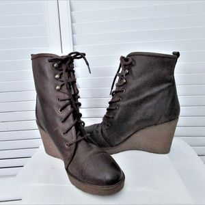 Aldo brown leather ankle boots size 38